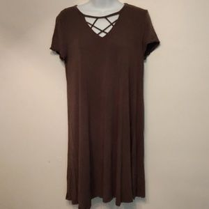 Cute tunic top in darker green
